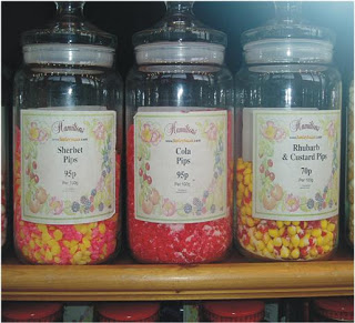 decorar con caramelos en tarros de cristal
