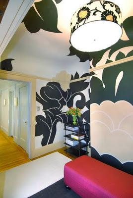 decorar un recibidor uniendo paredes y techo