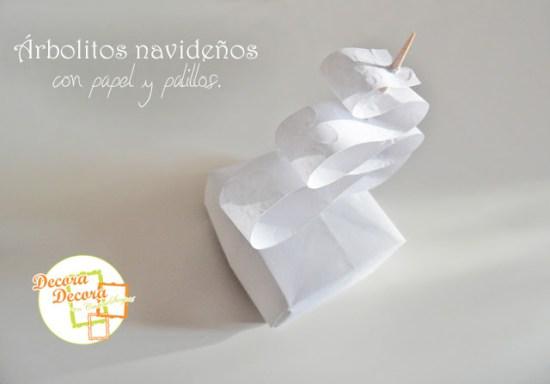 arbolitos_navide%C3%B1os_con_papel_y_palillos