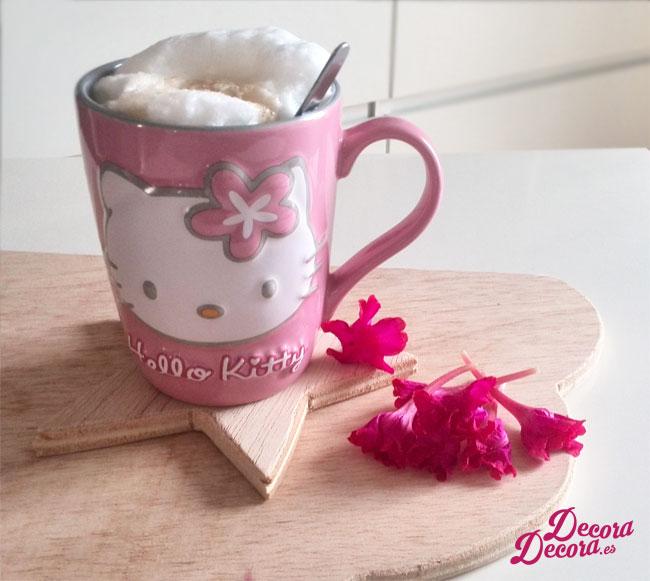 Decorar desayuno con flores