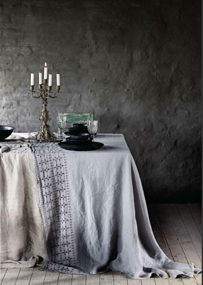 Mesa de otoño con grises