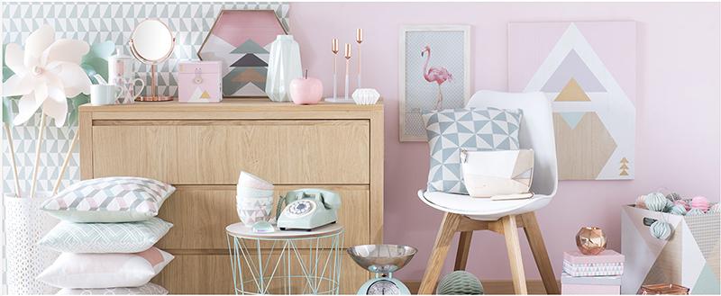 Decoración con colores pastel y formas geométricas y gráficas