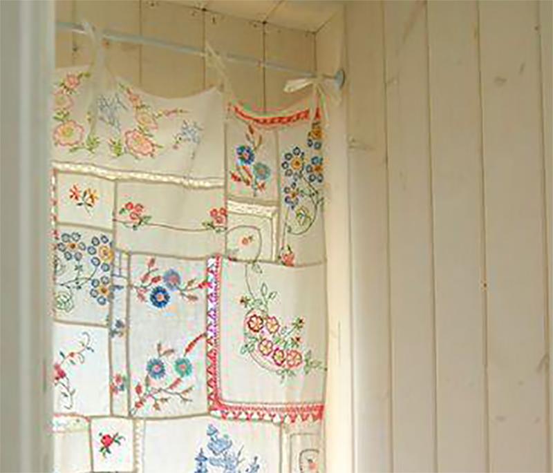 Decorar ventanas con pañuelos