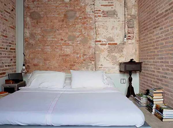 Decoración de dormitorio austera