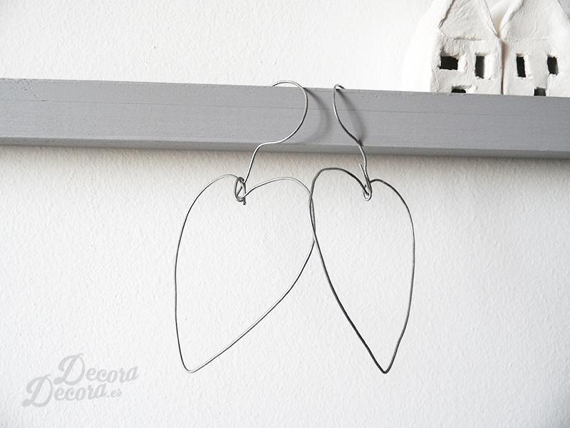 Corazones con alambre