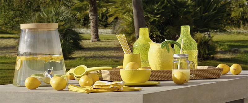 Decorar una mesa con limón