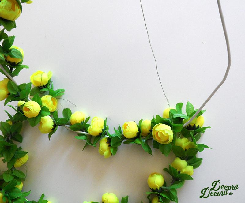 Corona primavera hecha a mano