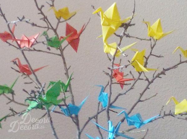 Decorar con un árbol de origami