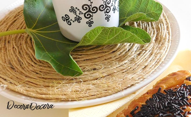 Refrescar y decorar la mesa con hojas de higuera