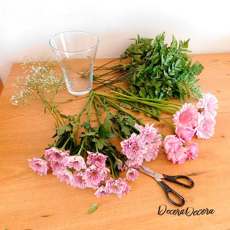 Cómo decorar con un ramo de flores