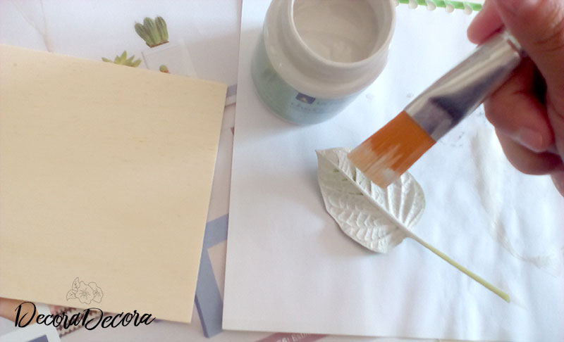 Imán hecho a mano con chalk paint