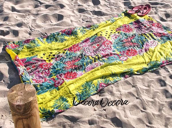 Toalla de playa y pareo